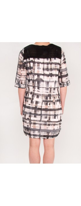 Sandwich Clothing Distorted Check Print Dress Potpourri