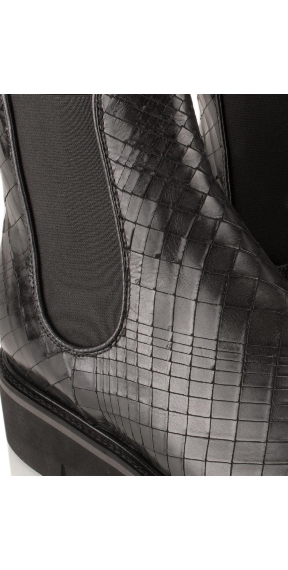 kennel und schmenger cracked effect leather union ankle. Black Bedroom Furniture Sets. Home Design Ideas