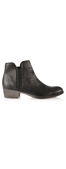 Tamaris  Textured Leather Ankle Boot Black