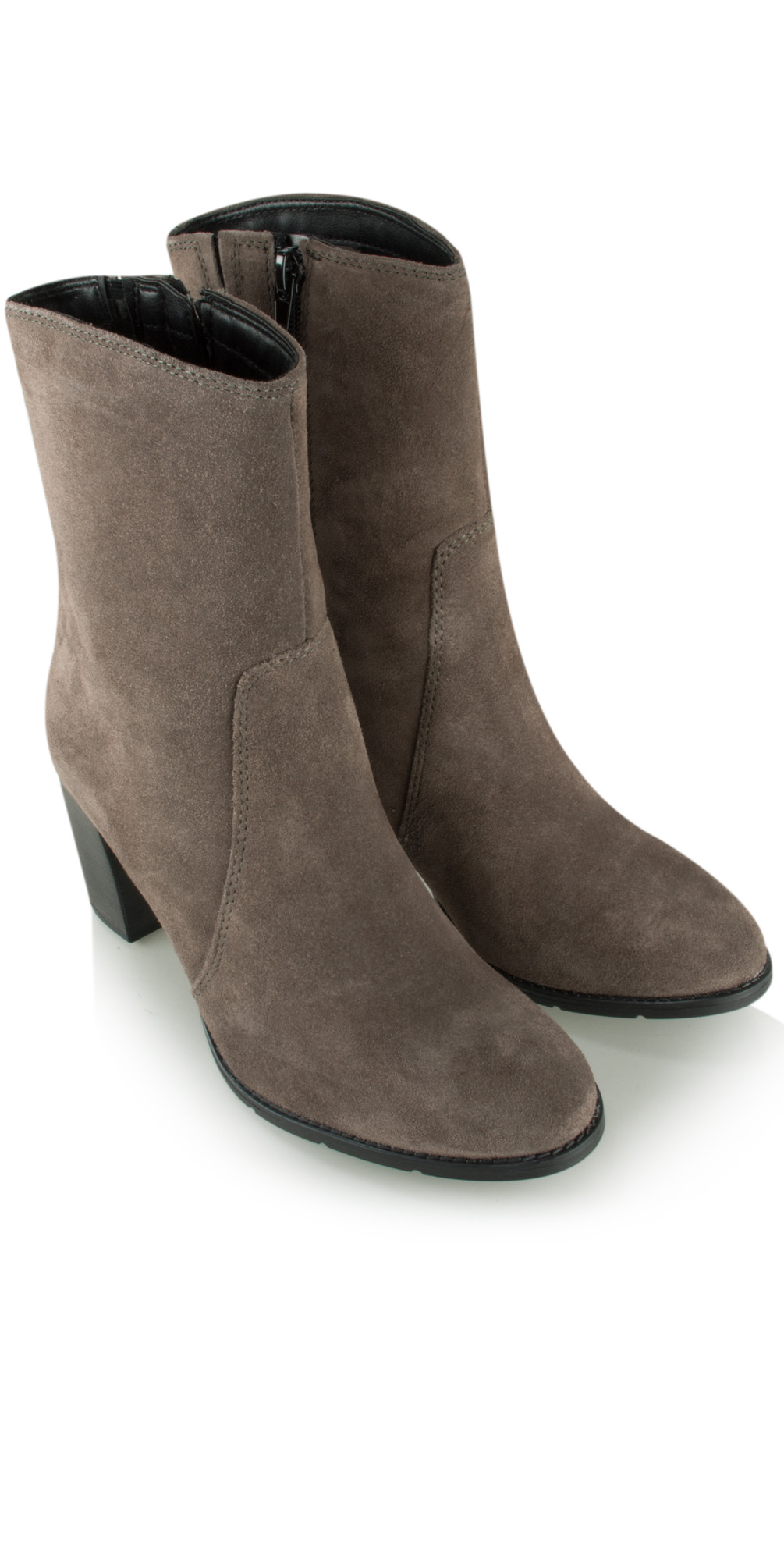 tamaris suede ankle boot in anthracite