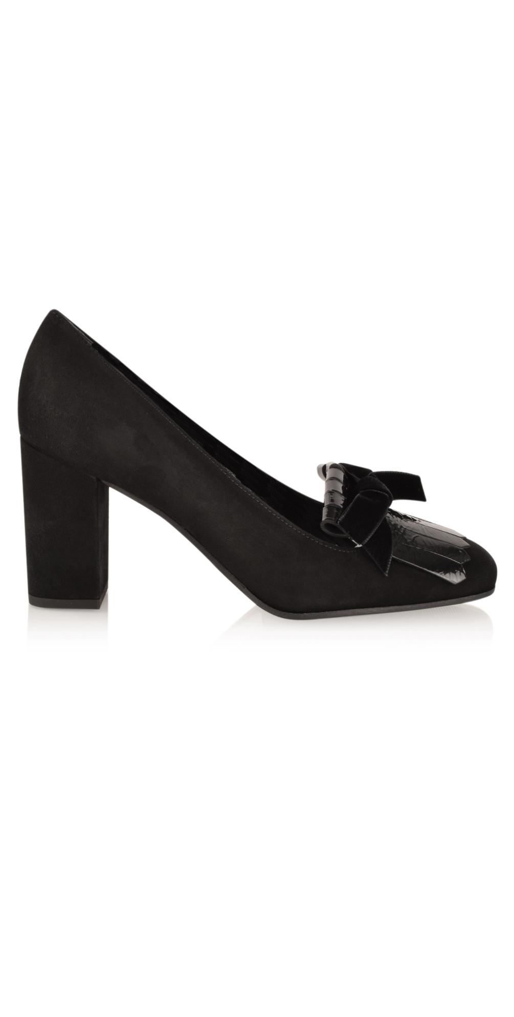 kennel und schmenger karen fringe classic lofa shoe in schwarz. Black Bedroom Furniture Sets. Home Design Ideas
