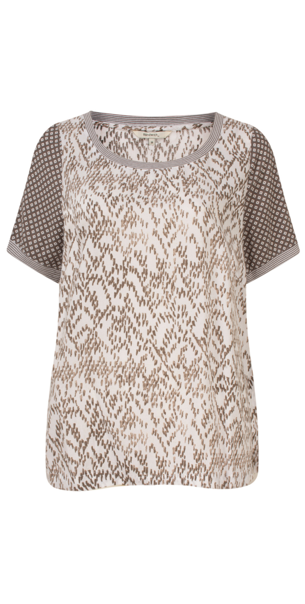 Chevron Pattern Short Sleeve Blouse main image