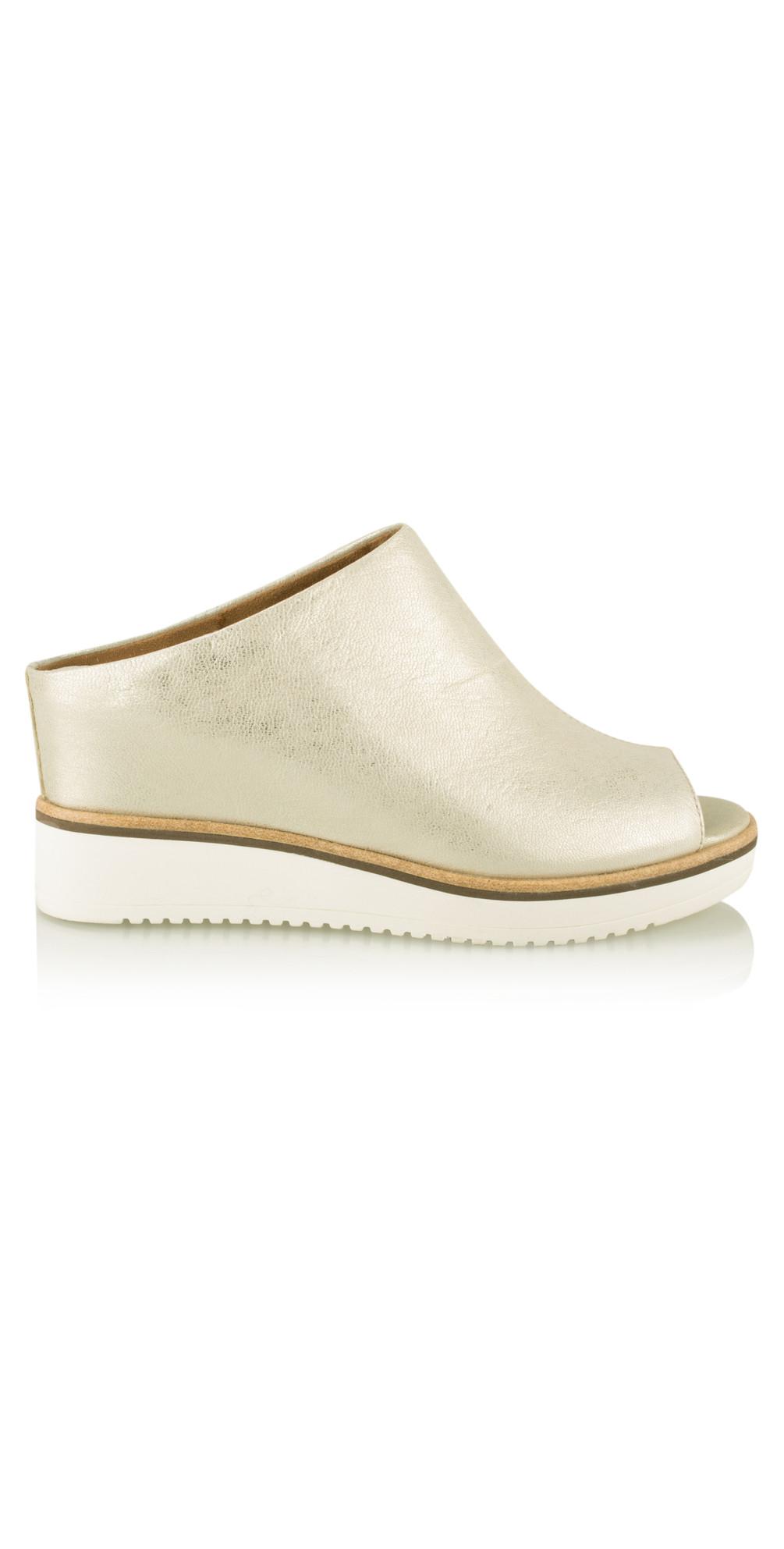 tamaris leather mule sandal in gold. Black Bedroom Furniture Sets. Home Design Ideas