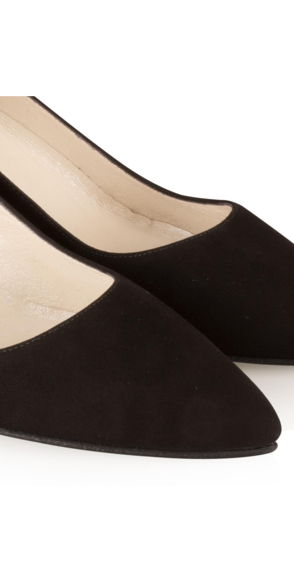 Isa KH Suede Shoe main image