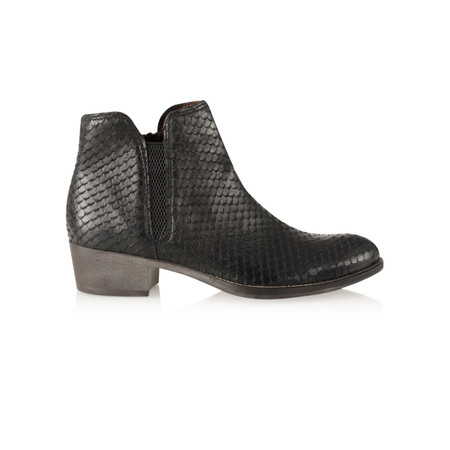 Tamaris  Textured Leather Ankle Boot - Black