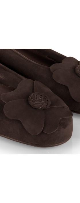 Gemini Label Shoes Closed Suede Classic Flower Pump Dark Chocolate