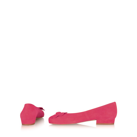 Gemini Label Shoes Closed Suede Flower Pump - Pink