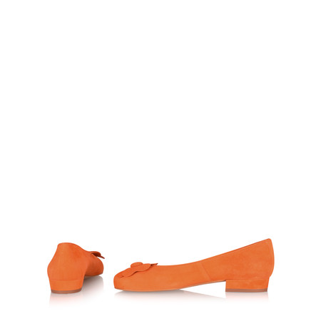 Gemini Label Closed Suede Flower Pump - Orange