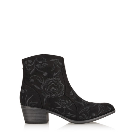 Marco Tozzi Petra Embroidered Gaucho Boot - Black