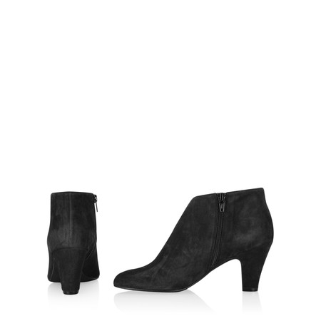 Gemini Label Shoes Xelipe Black Suede Ankle Boot - Black