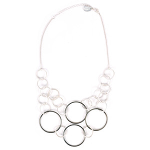 NOUV-ELLE Salina Linked Circle Short Necklace