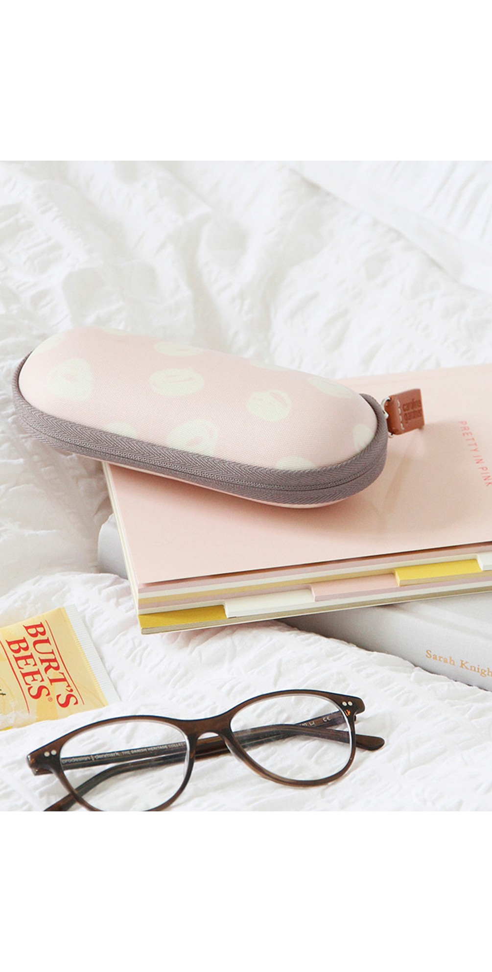 Scribble Spot Glasses Case main image