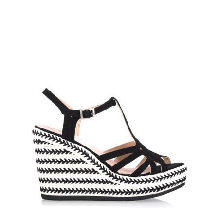 Kanna Coral Wedge Sandal - Black