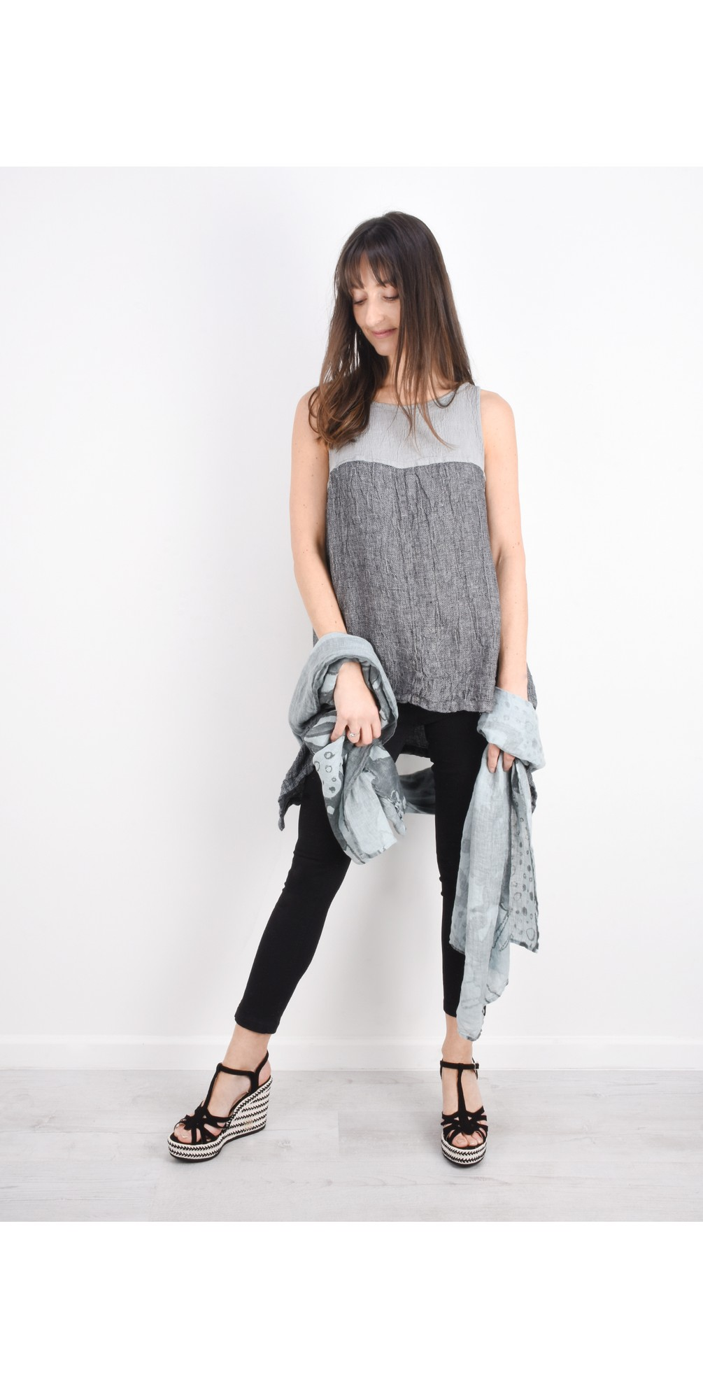 Marta Sleeveless Linen Top main image