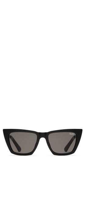 Quay Australia Don't @ Me Sunglasses Black/Smoke