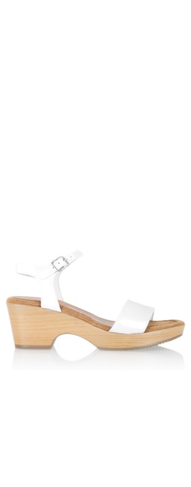 Gemini Label  Aneka Icon Patent Wedge Sandal  Blanco White