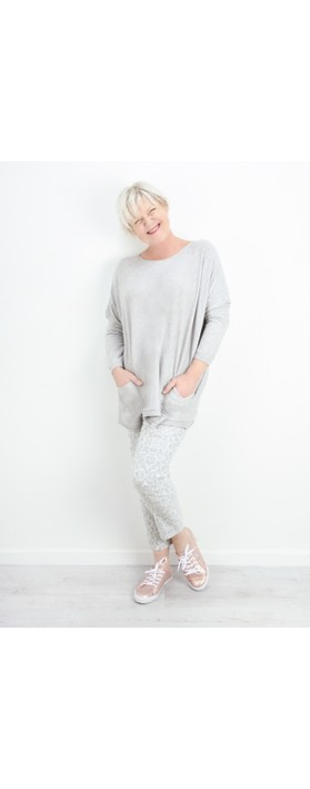 Fenella  Agnes Oversized Supersoft Knit with Pockets Pearl Grey
