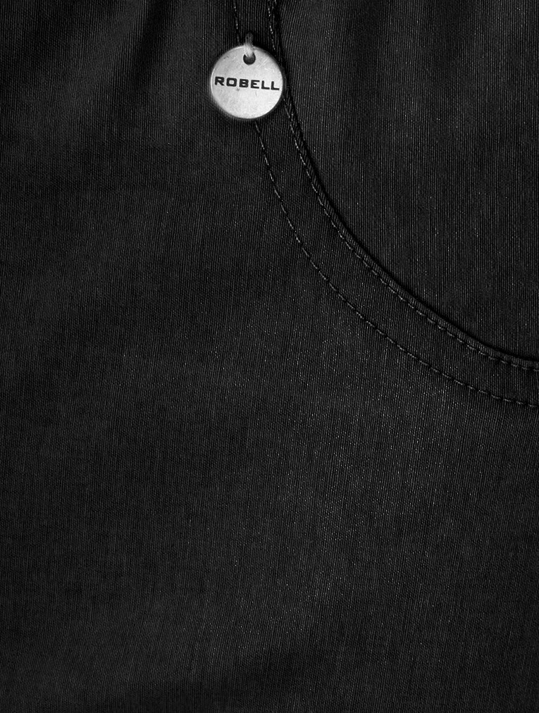 Bella 05 Black Slimfit Short main image