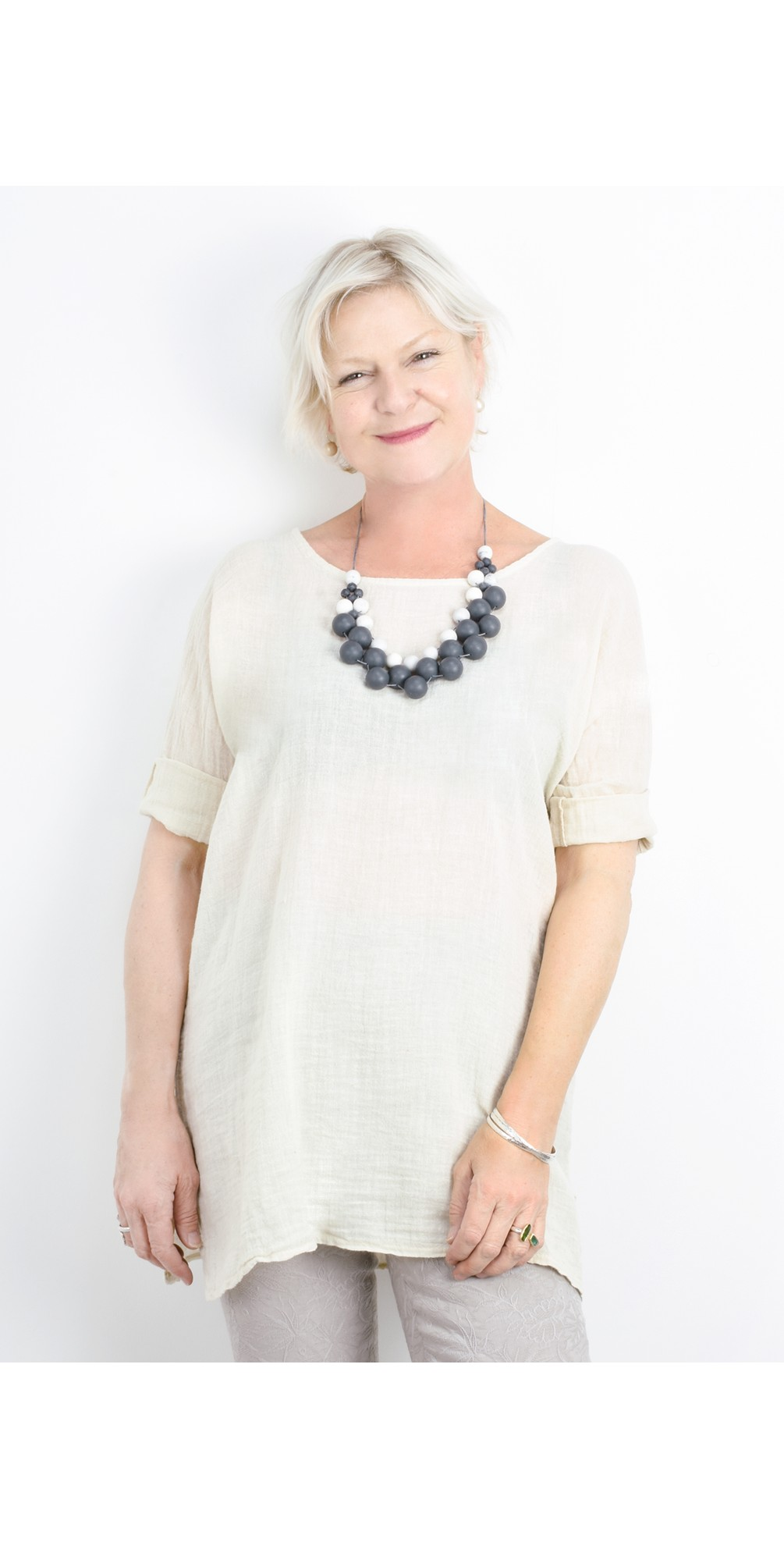 Bellaby Fine Linen longline T- top main image