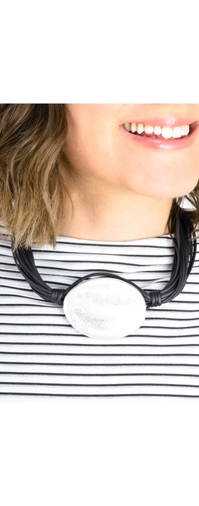 Eliza Gracious Ballarat Short Necklace Black