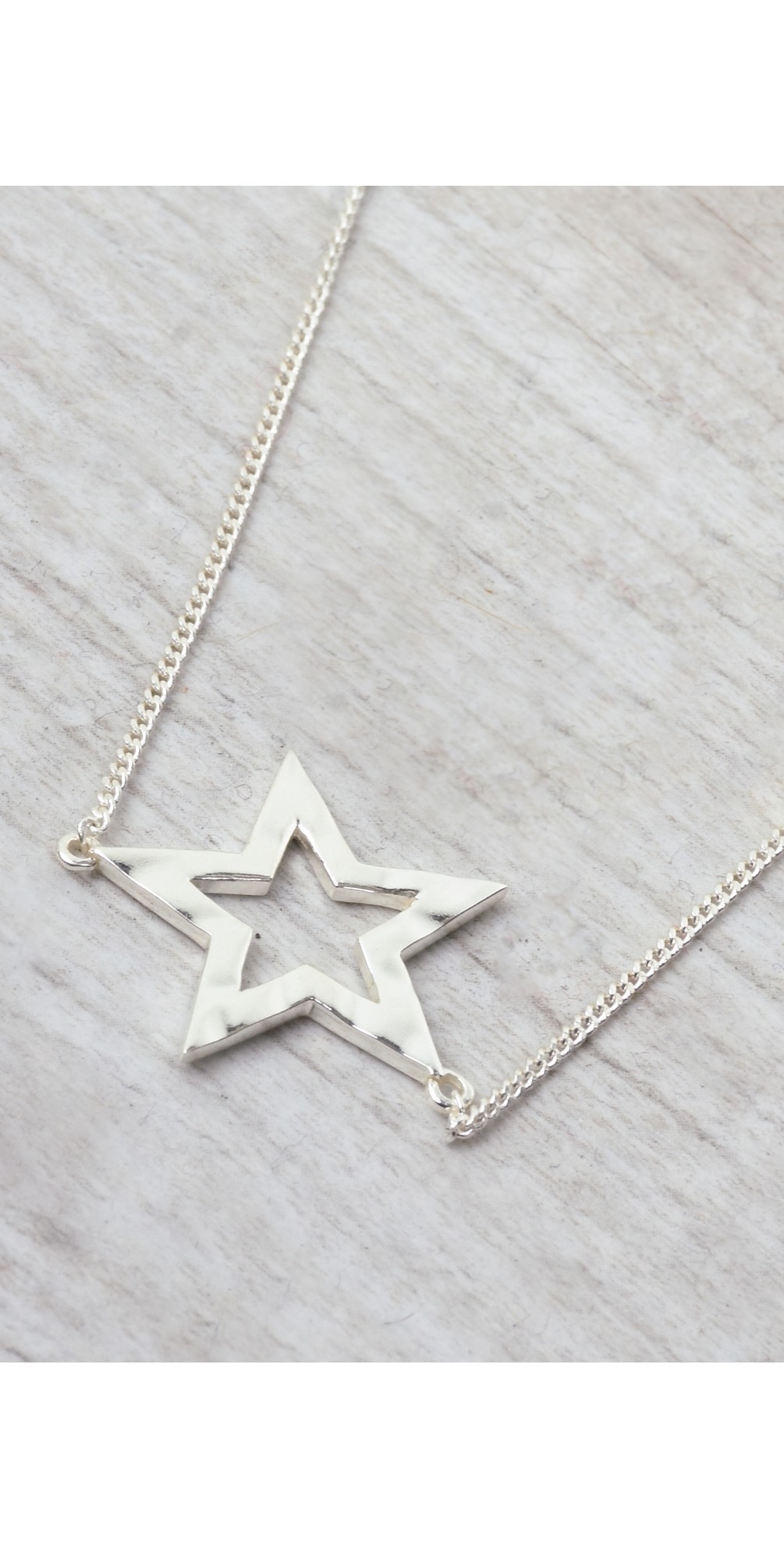 Astrid Star Necklace main image