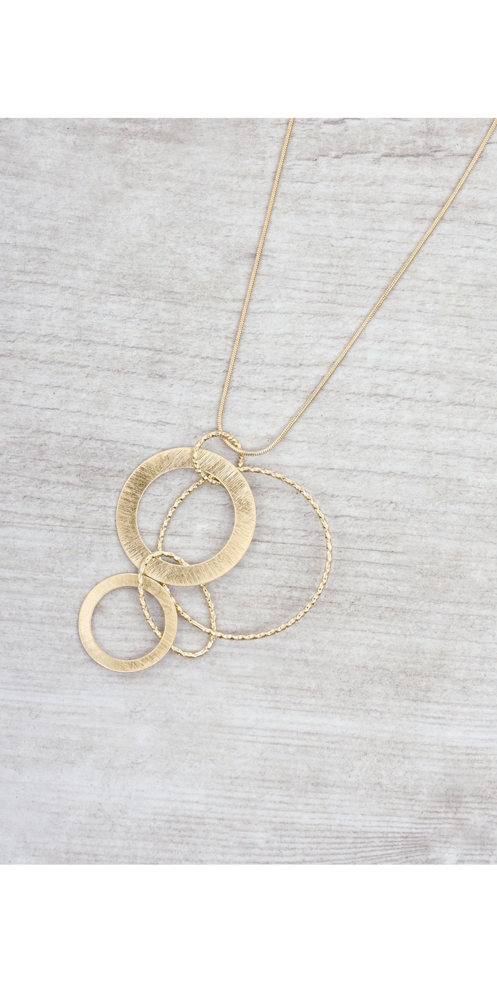 Alyssa Circle Necklace  main image