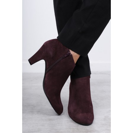 Gemini Label  Xelipe Suede Ankle Boot - Red