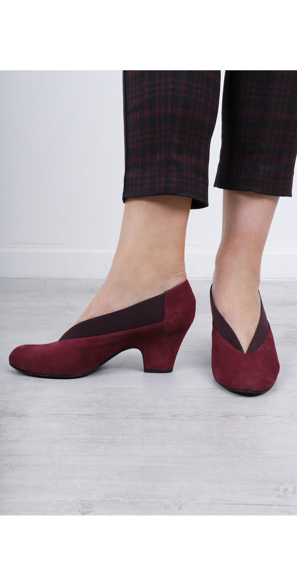 Brumabe Suede Shoe main image