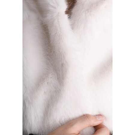 Helen Moore Loop Faux Fur Scarf - White