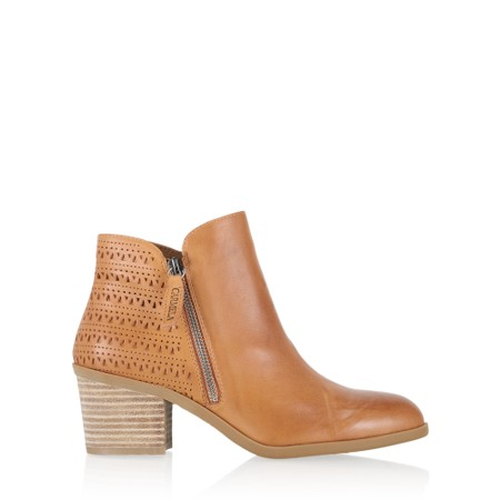 Carmela Beitris Leather Ankle Boot - Brown