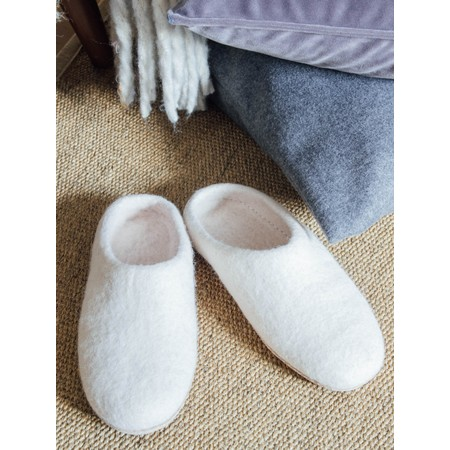 Chalk Home Bella Felt Wool Slipper  - Off-White
