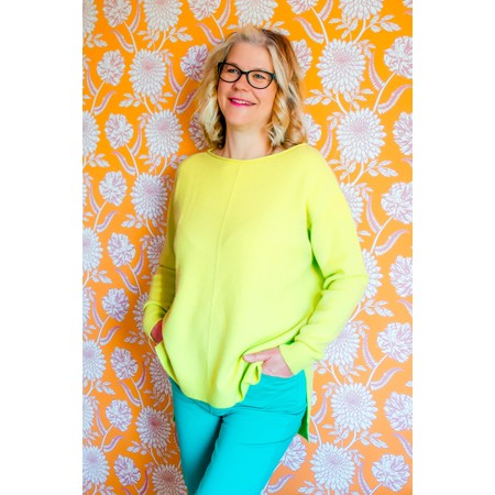 Amazing Woman  Maggie Seam Front Supersoft Jumper - Green