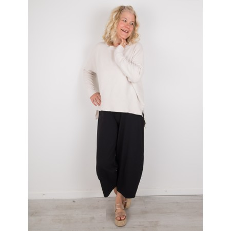 Amazing Woman  Judy SuperSoft Highlow Jumper - White