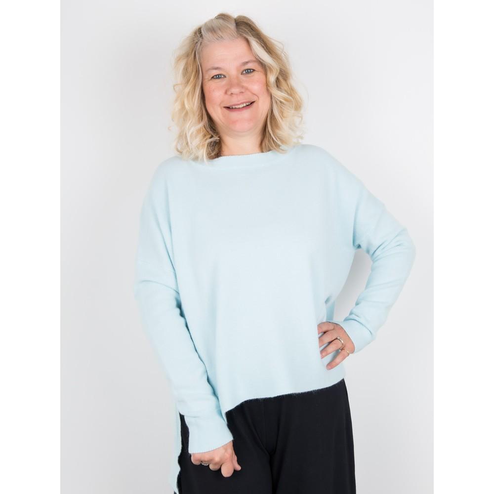Amazing Woman  Judy SuperSoft Highlow Jumper Powder Blue