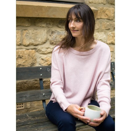 Amazing Woman  Judy SuperSoft Highlow Jumper - Pink