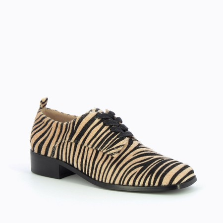 Vanessa Wu  Richelieus Lace Up Shoe - Multicoloured