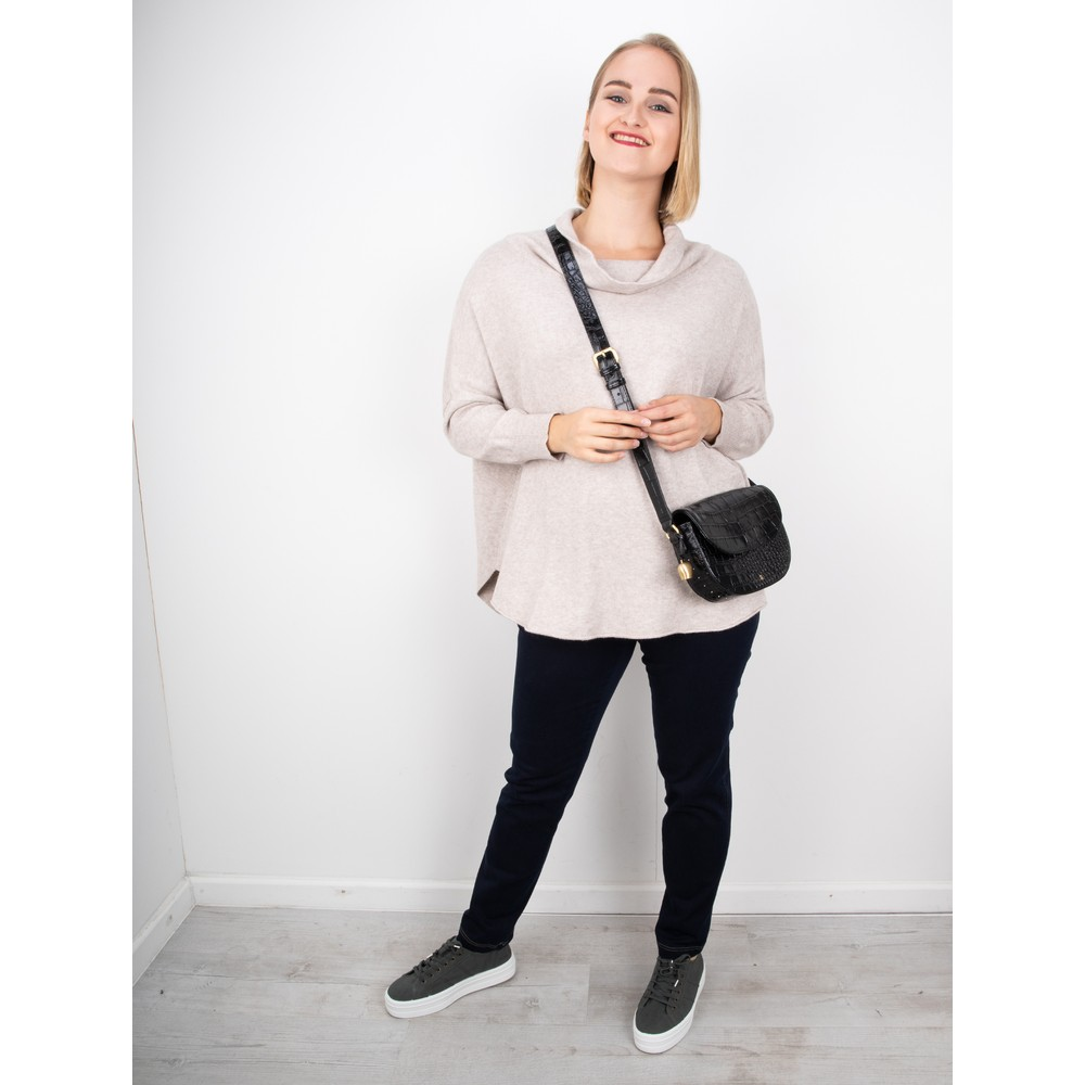 Amazing Woman Vera Oversized Knit Jumper Panna Beige