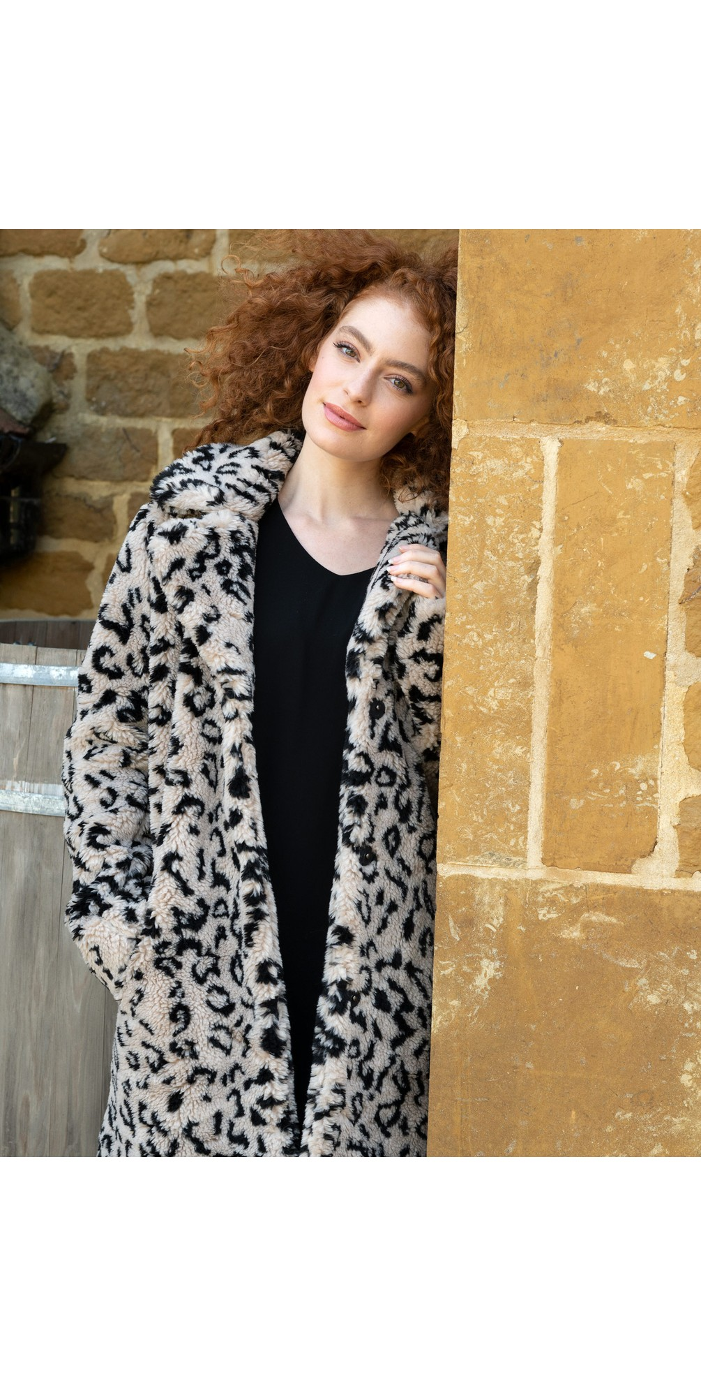 Kensia Teddy Coat main image