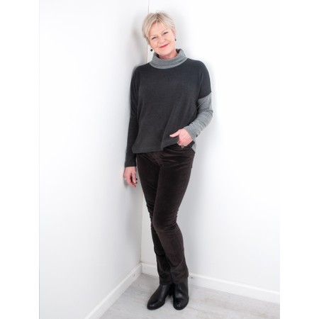 Amazing Woman  02 Velvet Straight Leg Jean - Brown