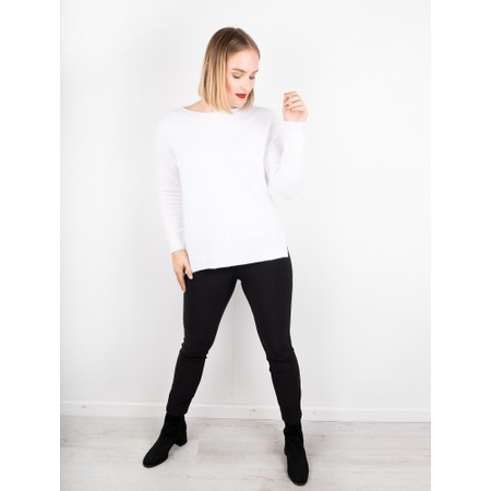 Amazing Woman  Maggie Seam Front Supersoft Jumper - White