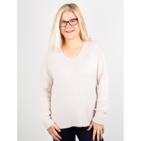 Amazing Woman  Carin V Neck Cosy Knit - Off-White