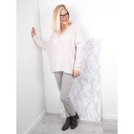 Amazing Woman  Cadee V Neck Oversized Cosy Knit - Off-White