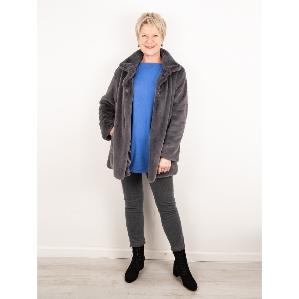 Amazing Woman  Cosy Faux Fur Jacket Storm Grey