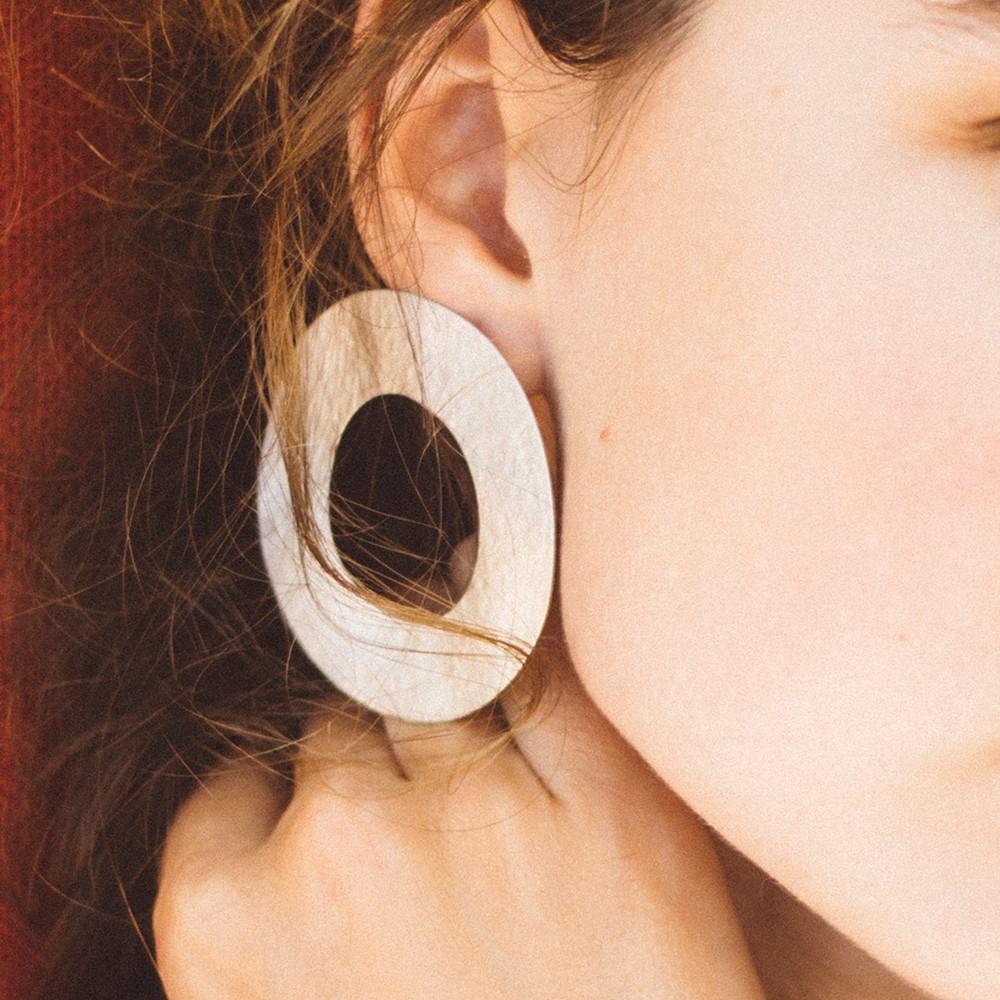 Rosanna Barcelona Stone Circularr Earring Silver Matt