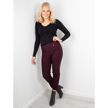 Amazing Woman Tara V Neck Slimfit Fine Knit Jumper - Black