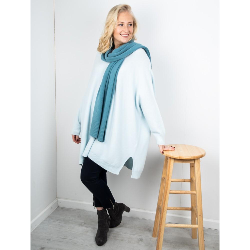 Amazing Woman Cassi X Round Neck Front Seam Knit Pale Blue