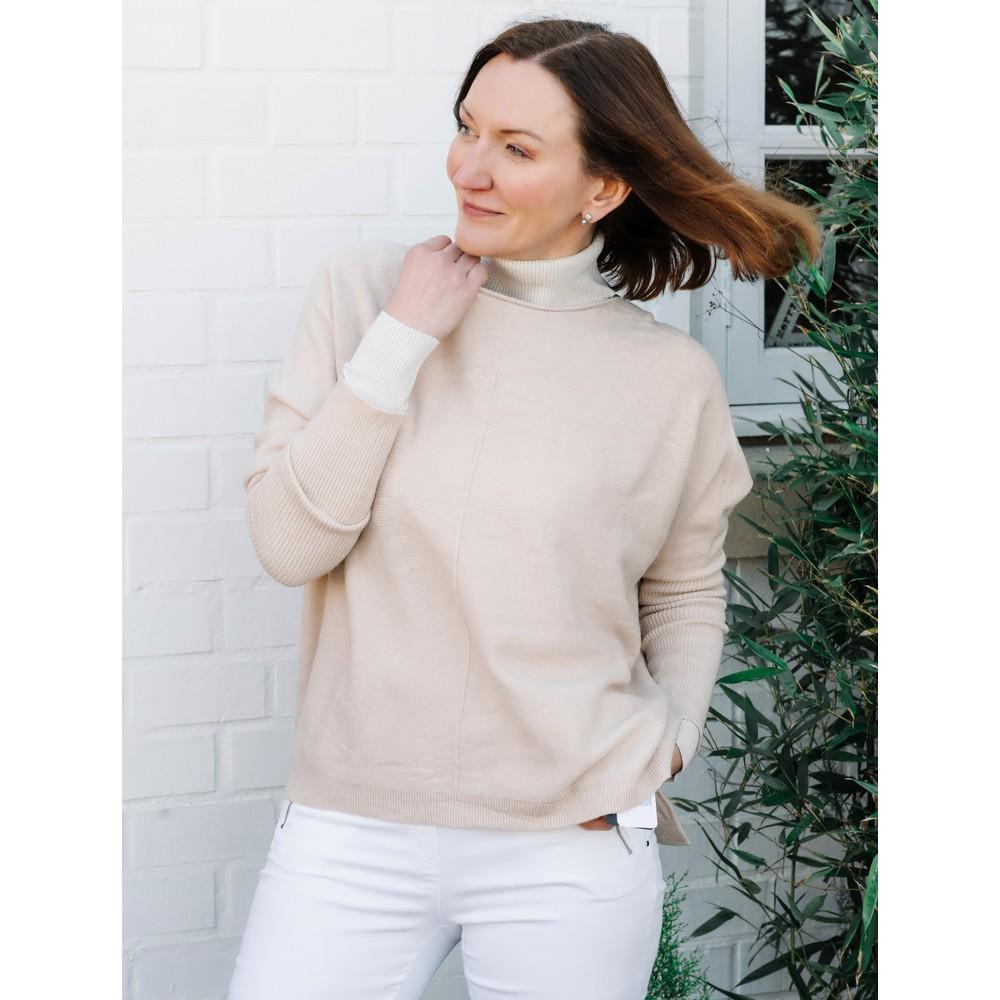 Amazing Woman Faith Front Seam Oversized Knit Off White
