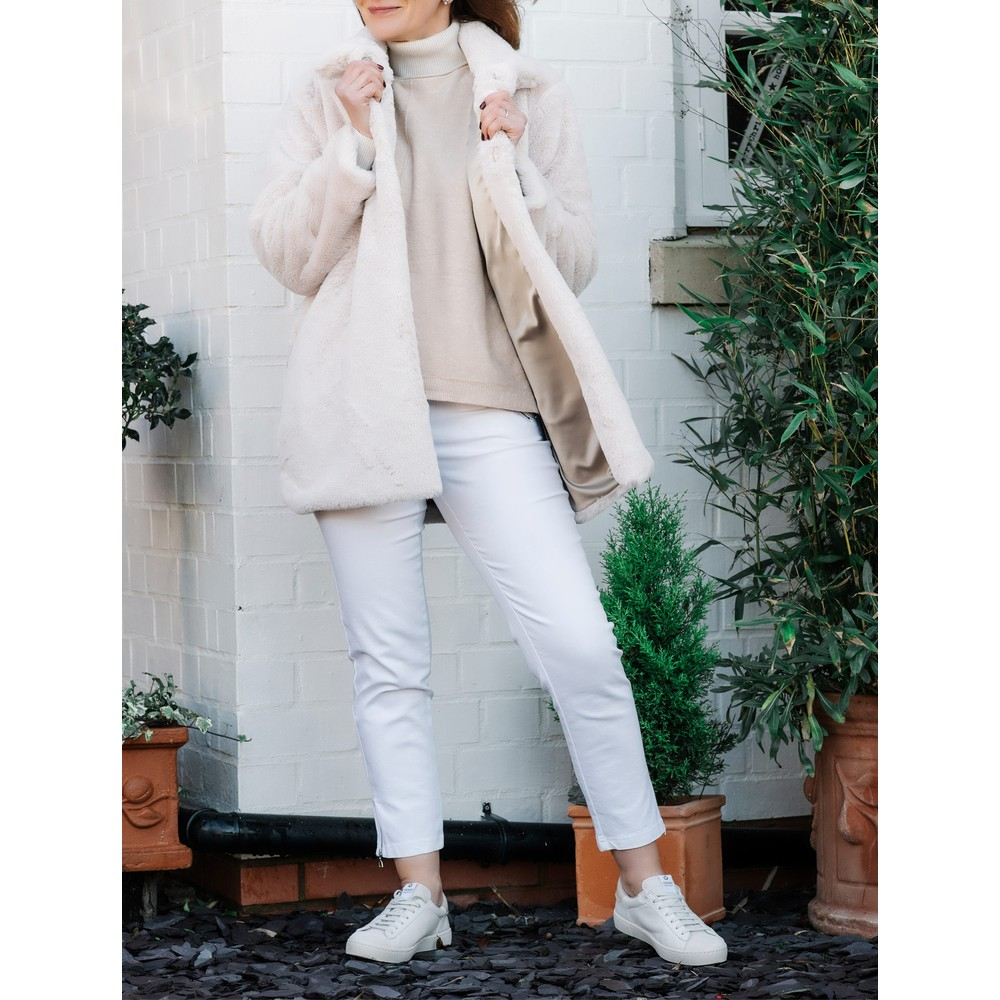 Robell Nena 09 White Ankle Zip Cropped Powerstretch Jean White 10