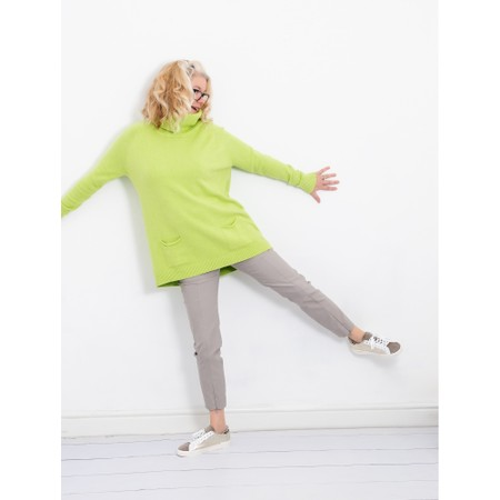 Amazing Woman  Anna Two Pocket Relaxed Fit Jumper - Green