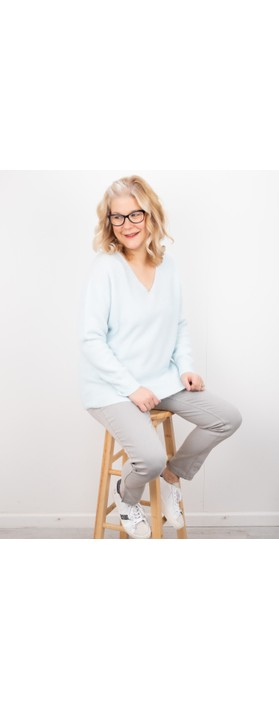 Amazing Woman Carin V Neck Cosy Knit Pale Blue